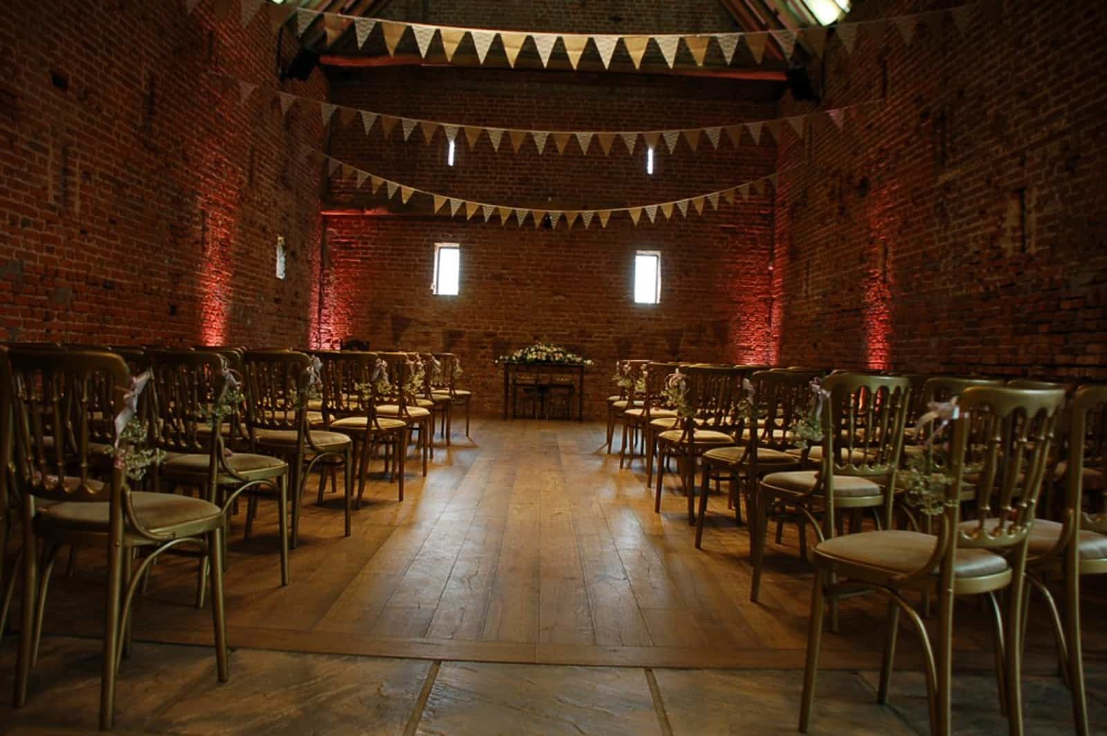 Floral wedding setting