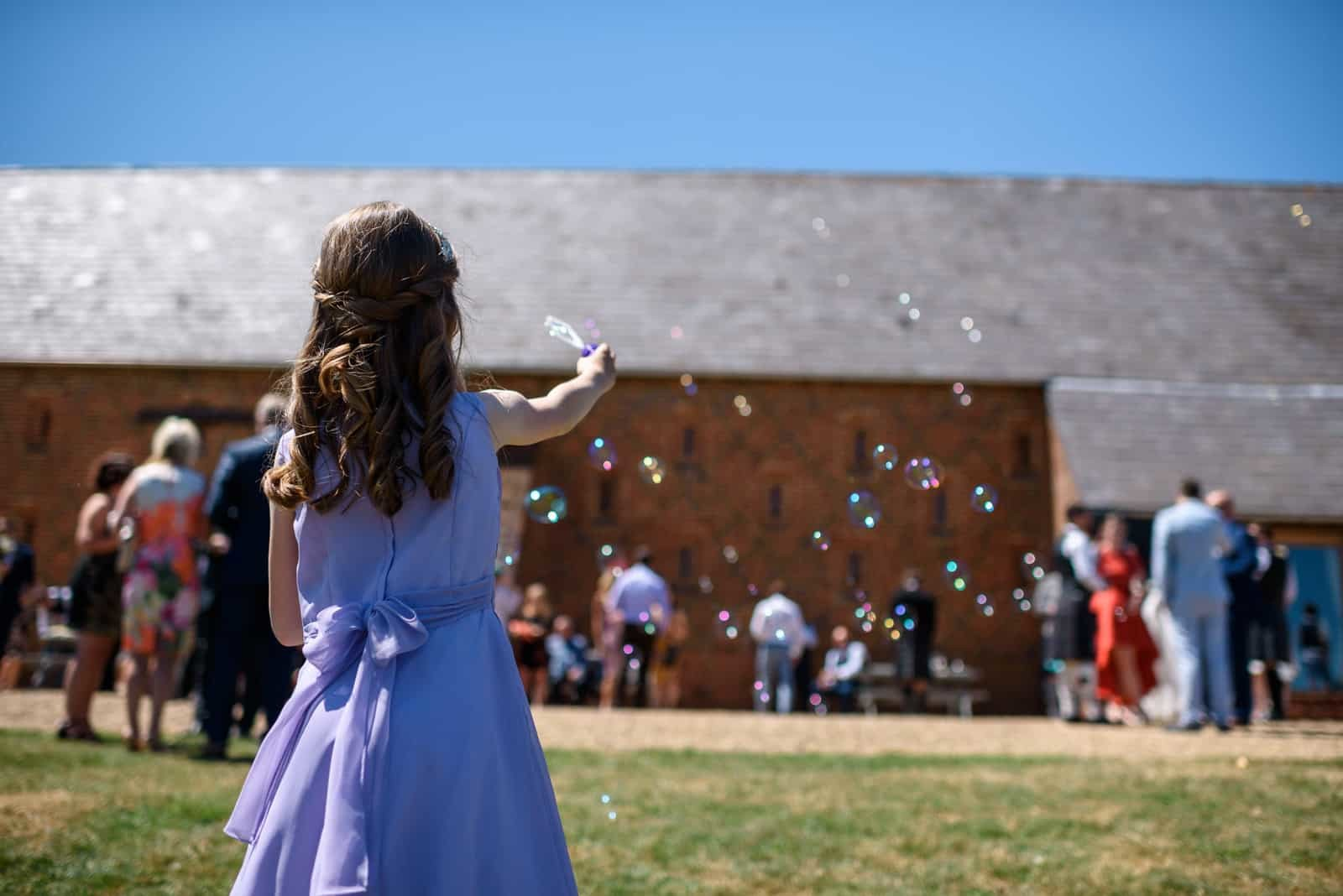 Andy Dane photography – wedding bubbles