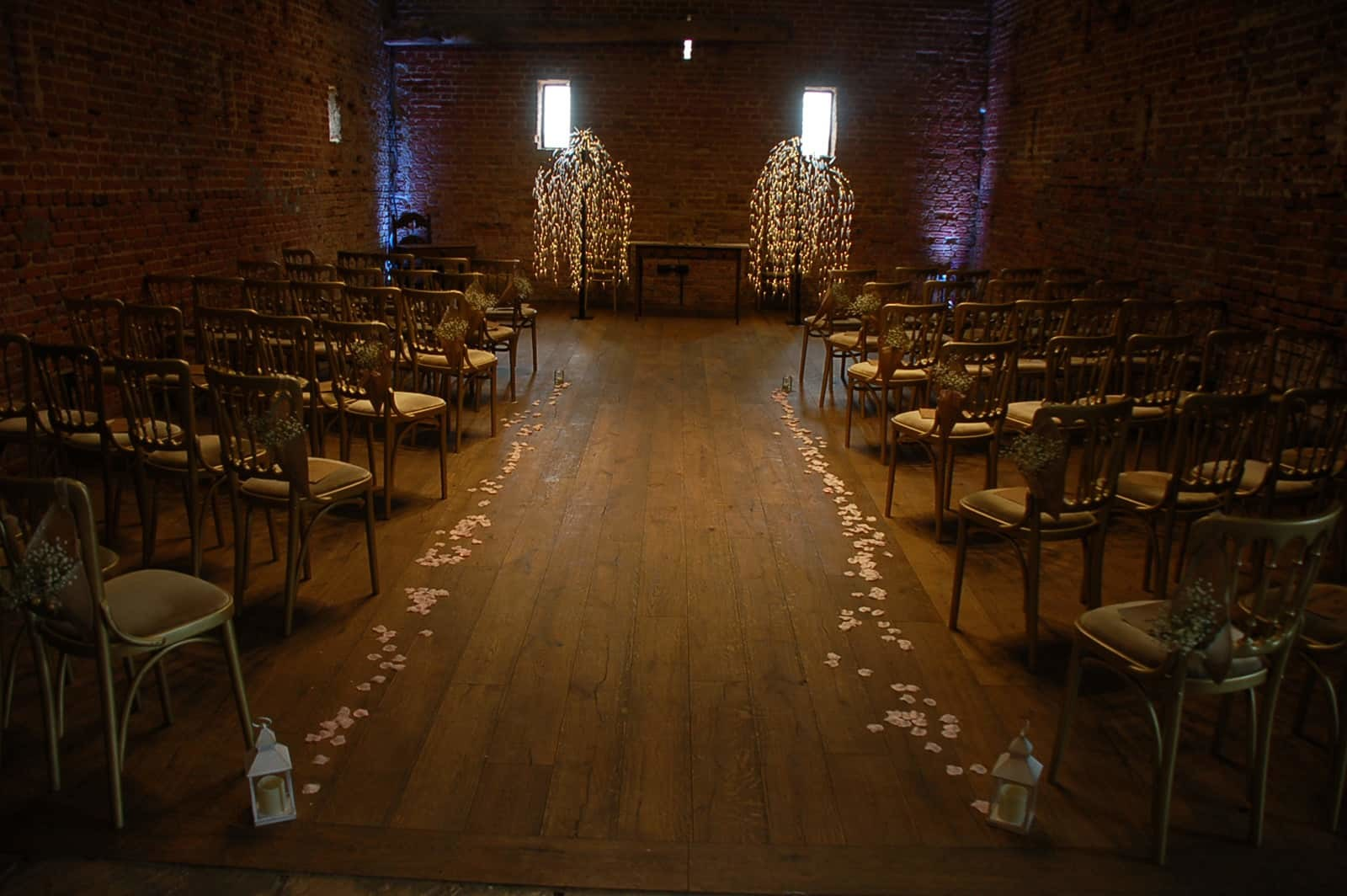 Tree and Petal ceremony setting